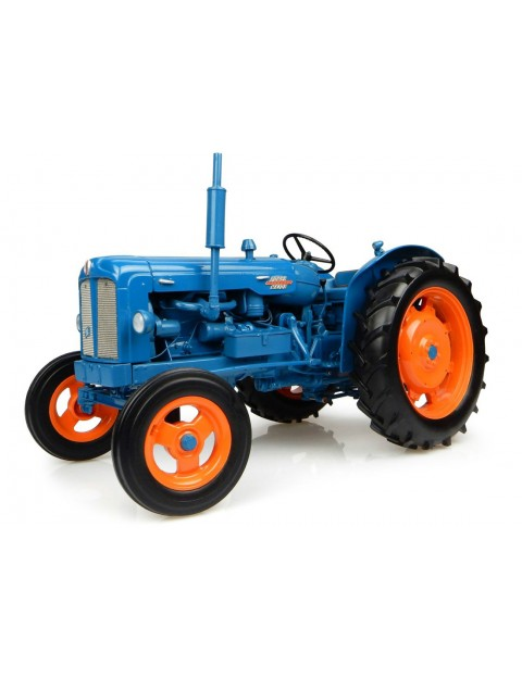 Universal Hobbies 1/16 1958 Fordson Power Major image