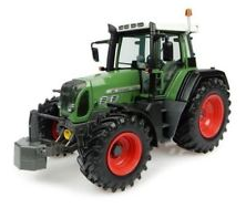 Universal Hobbies 1/32 2010 Claas Arion 640 Tractor image