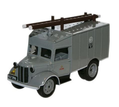 Oxford  1/76 Austin ATV Fire Tender National Fire Service image
