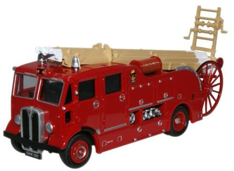 Oxford  1/76 AEC Regent III Fire Engine Merryweather Westham image