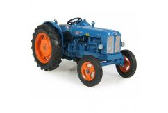 Universal Hobbies 1/32 Fordson Power Major  image