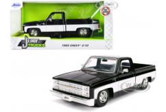 Jada 1/24 1985 Chevy C10 Stock image