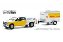 Greenlight 1/64 2019 Chevrolet Silverado with Small Cargo Trailer - Shell image