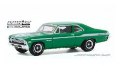 Greenlight 1/64 1972 Chevrolet Nova image
