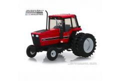 Greenlight 1/64 1982 Duelly Tractor image