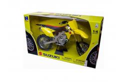 New Ray 1/6 2017 Suzuki RM-Z450 Dirt Bike image