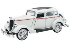 New Ray 1/32 1934 Ford Deluxe Fordor White image