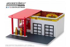 Greenlight 1/64 Vintage Gas Station - Pennzoil image