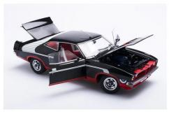 Biante 1/18 Ford XB Falcon Hardtop McLeon Horn image