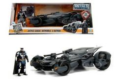 Jada 1/24 2017 Batmobile with Batman image