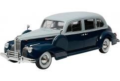Greenlight Collectables 1/18 1941 Packard Super Eighty One-Eighty French Grey/Barola Blue image