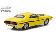 Greenlight Collectables 1/43 1970 Dodge Challenger R/T Yellow/Black Stripes image