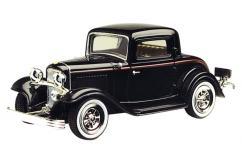 Motormax  1/43 1932 Ford Coupe Black  image