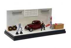 Motormax  1/43  1932 Ford Coupe with Garage Diorama image