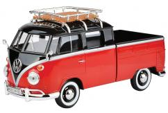 Motormax  1/24  Volkswagen Type 2 (T1) Pickup with Roof Rack Black/Ruby Red  image