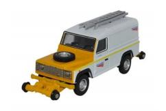 Oxford  1/76 Land Rover Defender - Network Rail  image