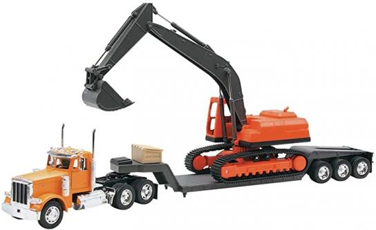 New Ray 1/32 Peterbilt 379 with Lowloader & Excavator image
