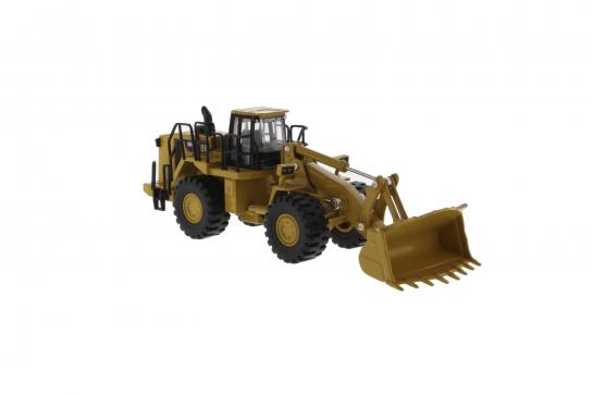 Diecast Masters 1/64 CAT 988H Wheeled Loader image