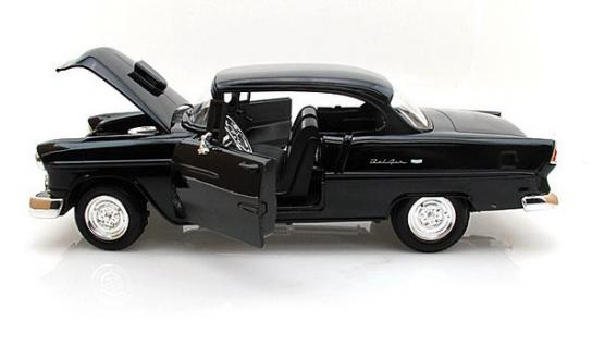 Motormax  1/18 1955 Chevy Bel Air Coupe with Hood Scoop Black  image